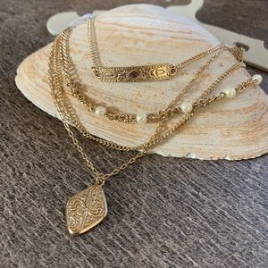 Urban outfitters layered necklace set